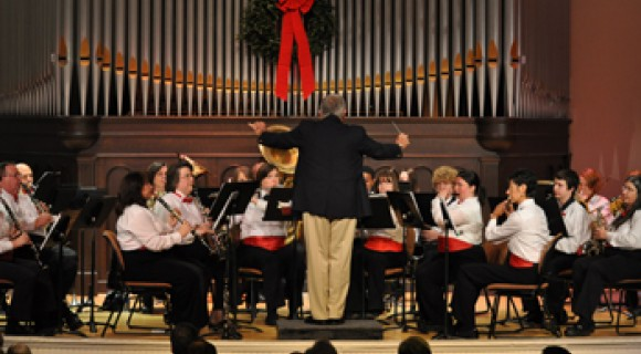 Mitchell's Community Band performs in Shearer Hall