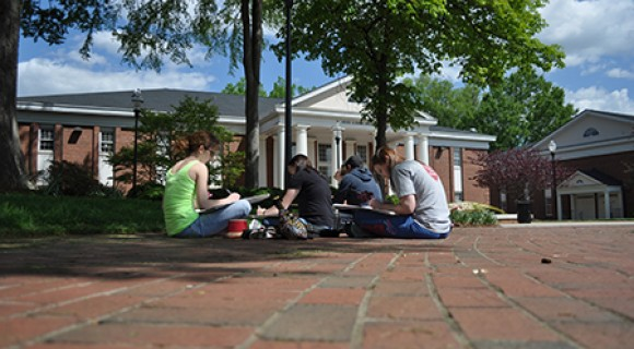 Drawing students on Statesville campus.