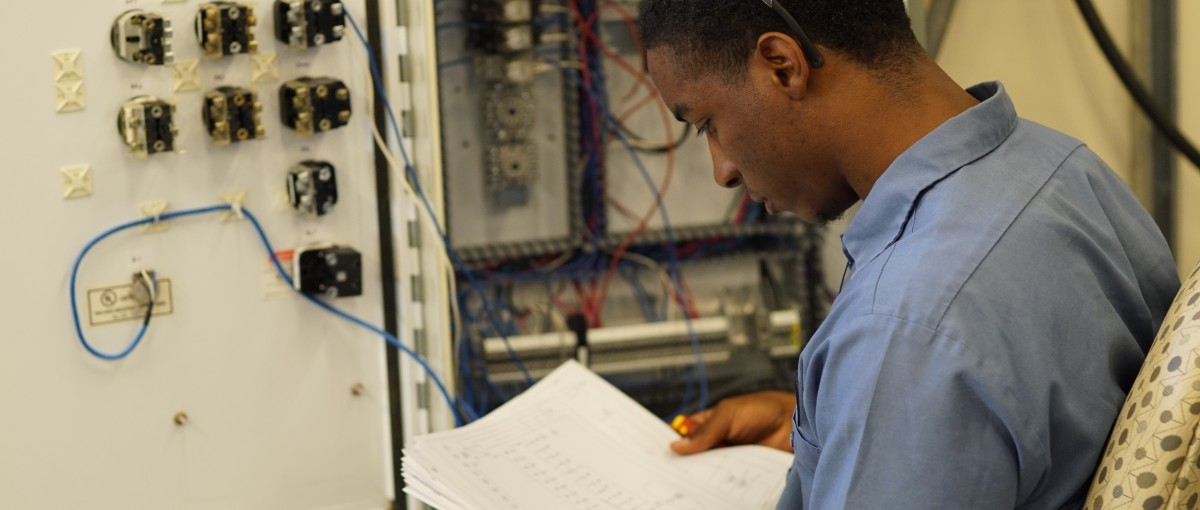A student works in the AIMs Lab